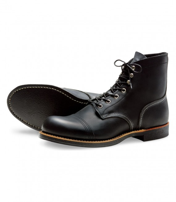 Red_Wing_shoes_8114_Iron_Ranger_Black