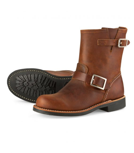 red-wing-shoe-store-frankfurt-3356-short-engineer-copper-rough-and-tough