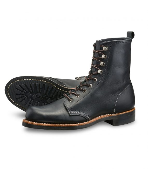 Red-wing-shoe-store-frankfurt-3361-silversmith-black