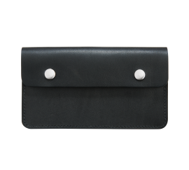 Trucker Wallet Front Black RH95015C_WEB_NA_1016