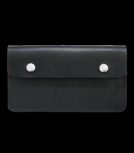 Trucker Wallet Front Black RH95015C_WEB_NA_1016